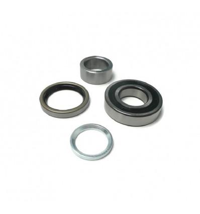 Enhanced roller bearing for rear wheel, Suzuki Santana Samurai
