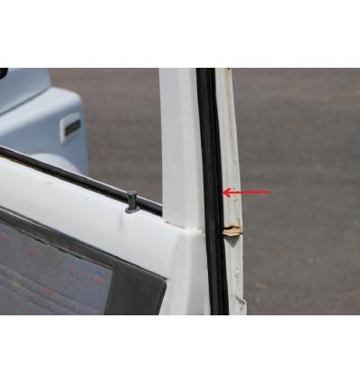Right car door seal, Suzuki Santana Samurai